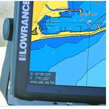 Lowrance HOOK2 Built-In Mapping